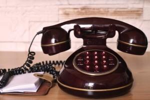 vintage-communication-dialer-telephone-large